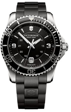 Victorinox Swiss Army Maverick  Black Dial Black Rubber Men's Watch 241698