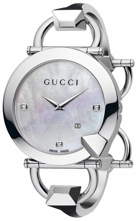 Gucci Chiodo 122   Women's Watch YA122504