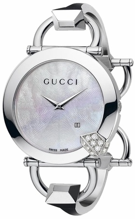 Gucci Chiodo 122   Women's Watch YA122505
