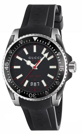 Gucci Dive  Black Dial Black Rubber Men's Watch YA136303