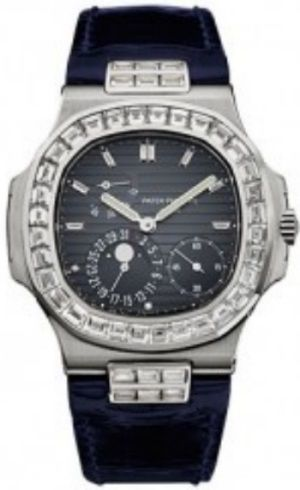 Patek Philippe Nautilus Mens Watch 5724G-001